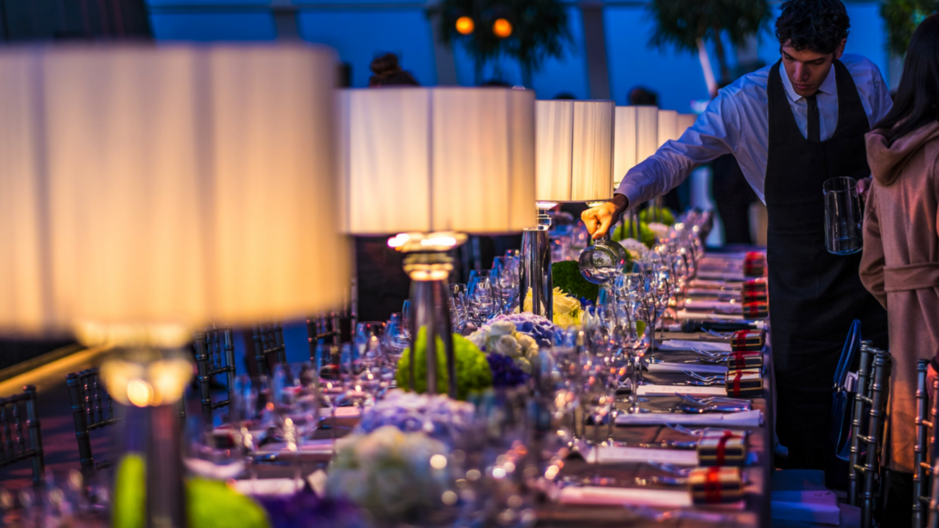 Skygarden-Restaurant-Table2